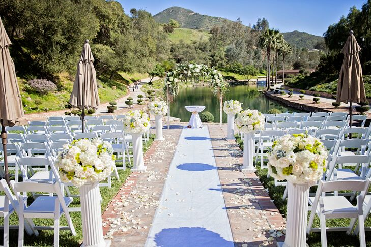 Los Willows Estate Lakeside Ceremony