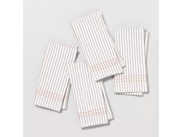 4-pack of cloth napkins with coral accent