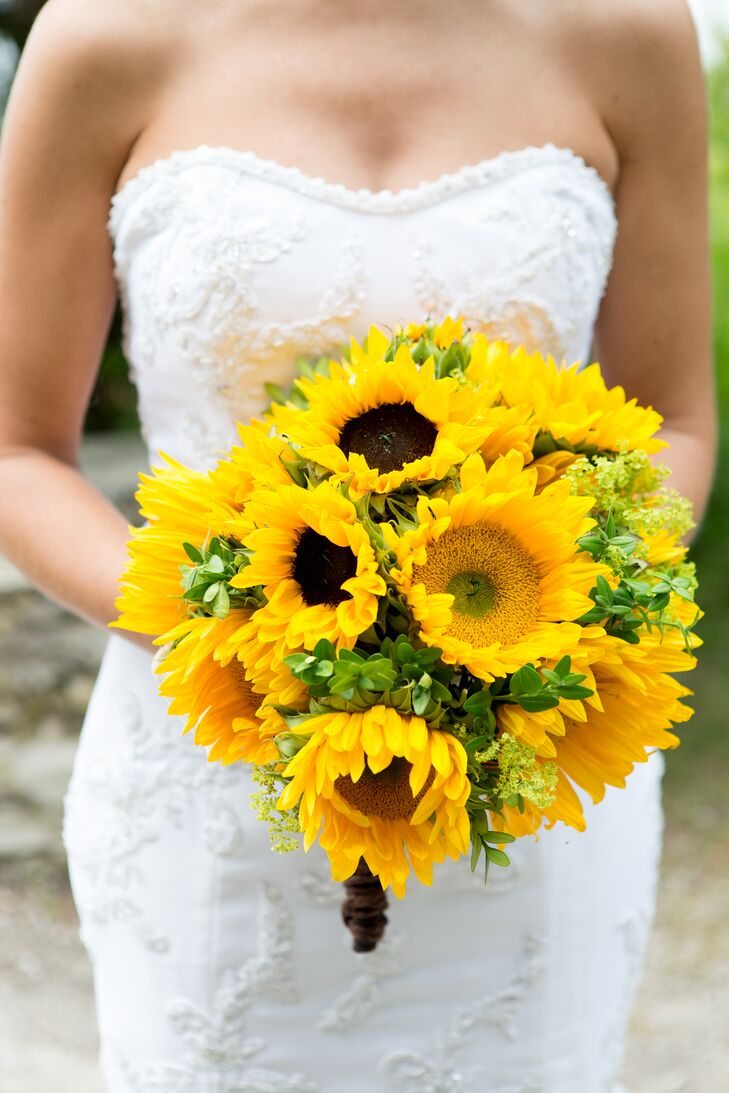 Bright Yellow Sunflower Bouquet