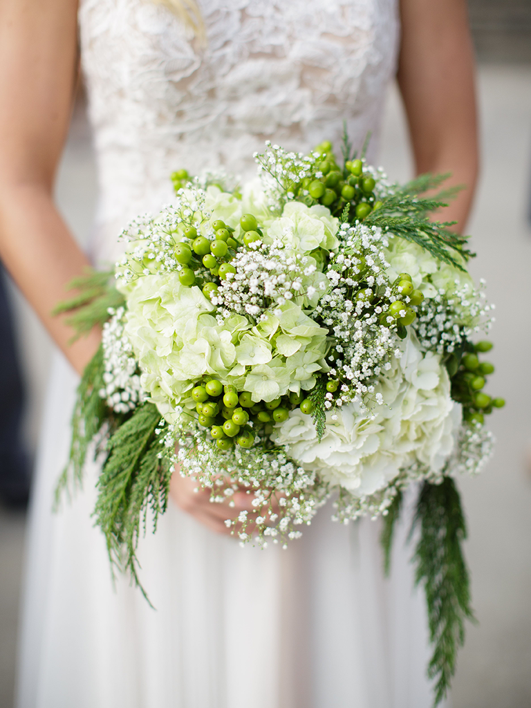 Beautiful Ways To Use Babys Breath In Your Wedding