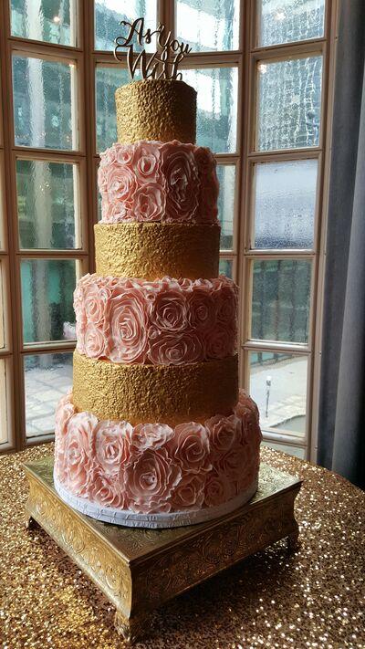 Short North Piece of Cake