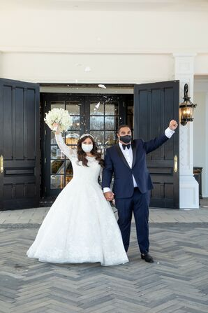Couple Wearing Masks During Wedding at Shadowbrook at Shrewsbury in New Jersey
