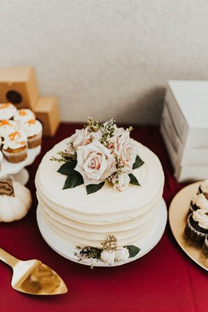 Elegant Single-Tier Wedding Cake