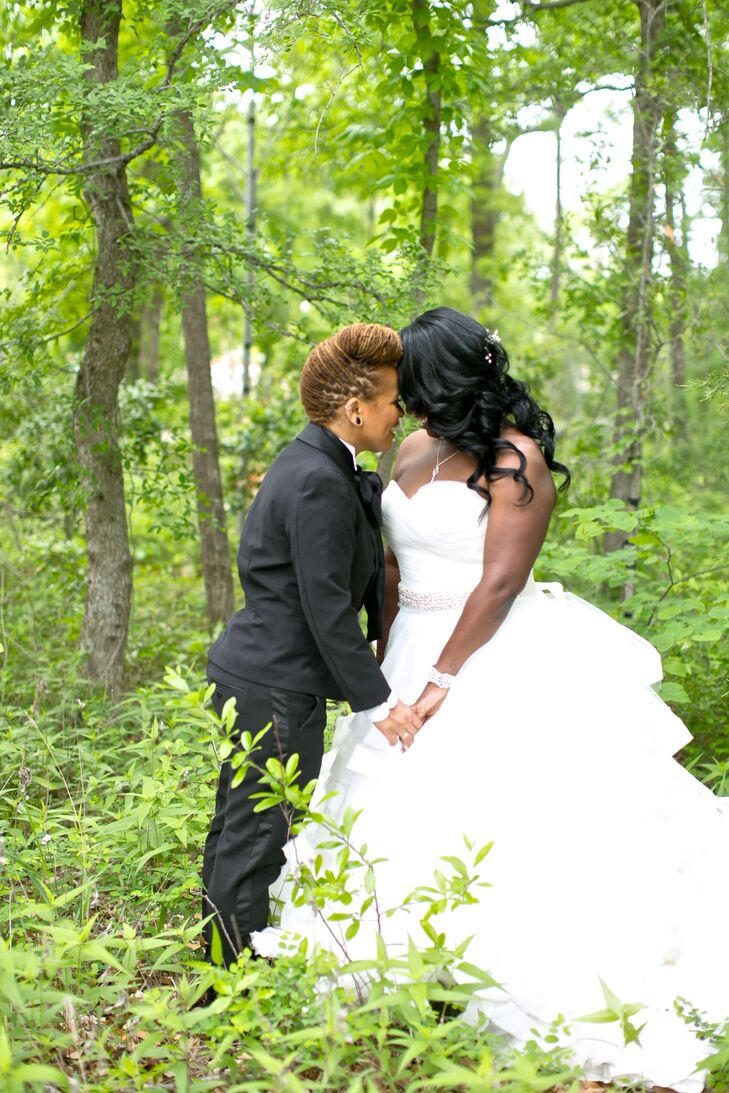 Romantic Wavy Bridal Hairstyle
