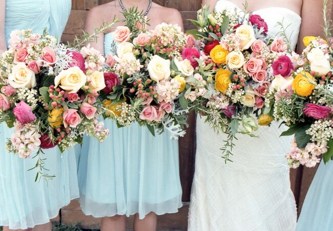 Photo: Holly Cromer and Katie Estes // Featured: The Knot Blog