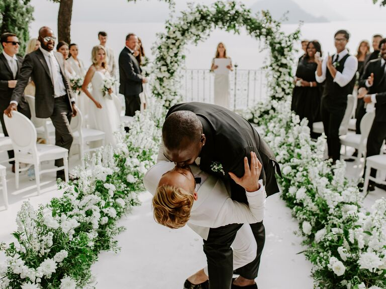 How Your Wedding Can Support a Good Cause