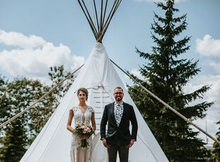 Danyelle Ludwig and Tristan Pollock's summer wedding was a perfect representation of their free-spirited souls, with its bohemian vibe and artistic ap