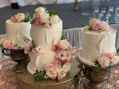 Dana's Cake Shoppe