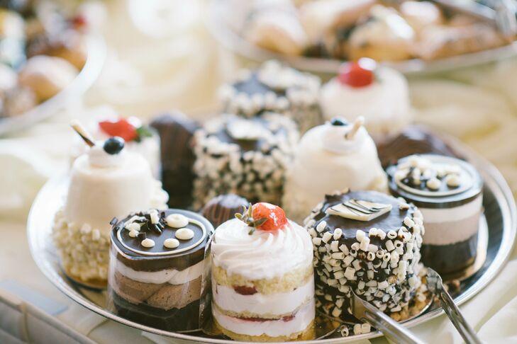 Bite-Size Dessert Treats at Tavistock Country Club