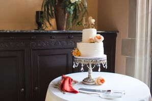 Crystal-Draped Cake Stand