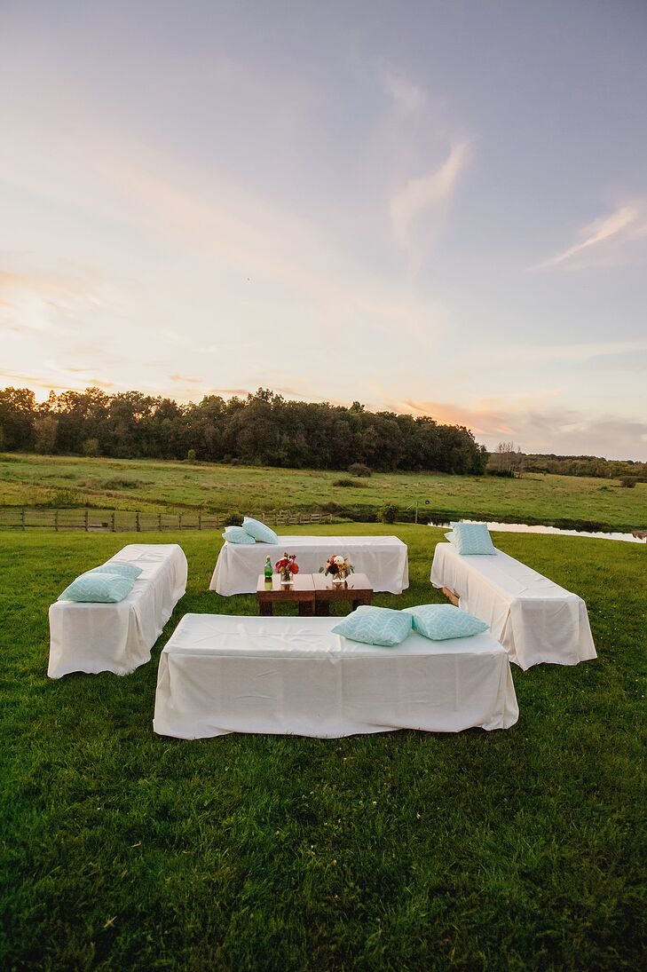 Outdoor Reception Seating