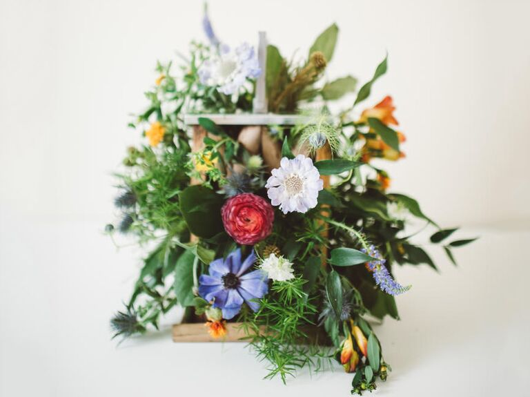 15 fall wedding bouquet ideas and which flowers theyre made with fall wedding bouquet ideas with rustic flowers junglespirit Images