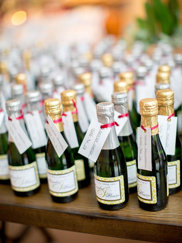 Creative Wedding Favor Idea Champagne Split