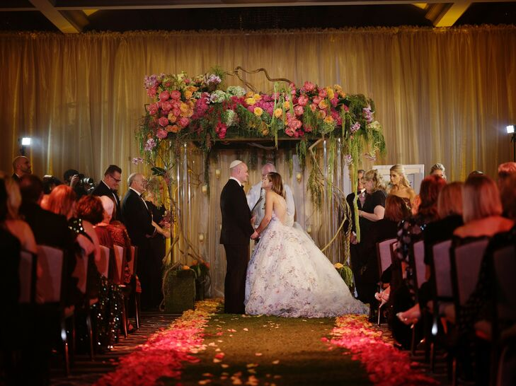 Flower-Filled Jewish Ceremony at The Rittenhouse Hotel in Philadelphia