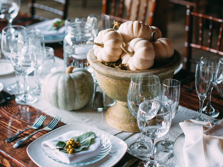 White pumpkin centerpiece decor