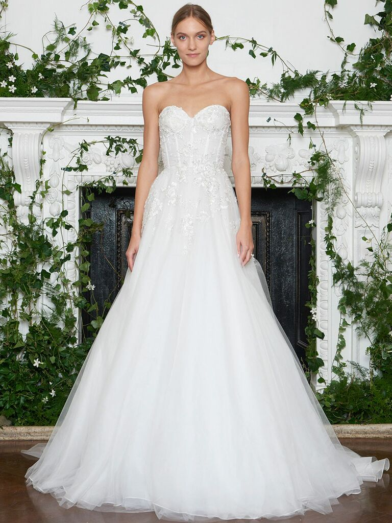 Monique Lhuillier Fall 2018 full tulle A-line wedding dress with strapless sweetheart neckline