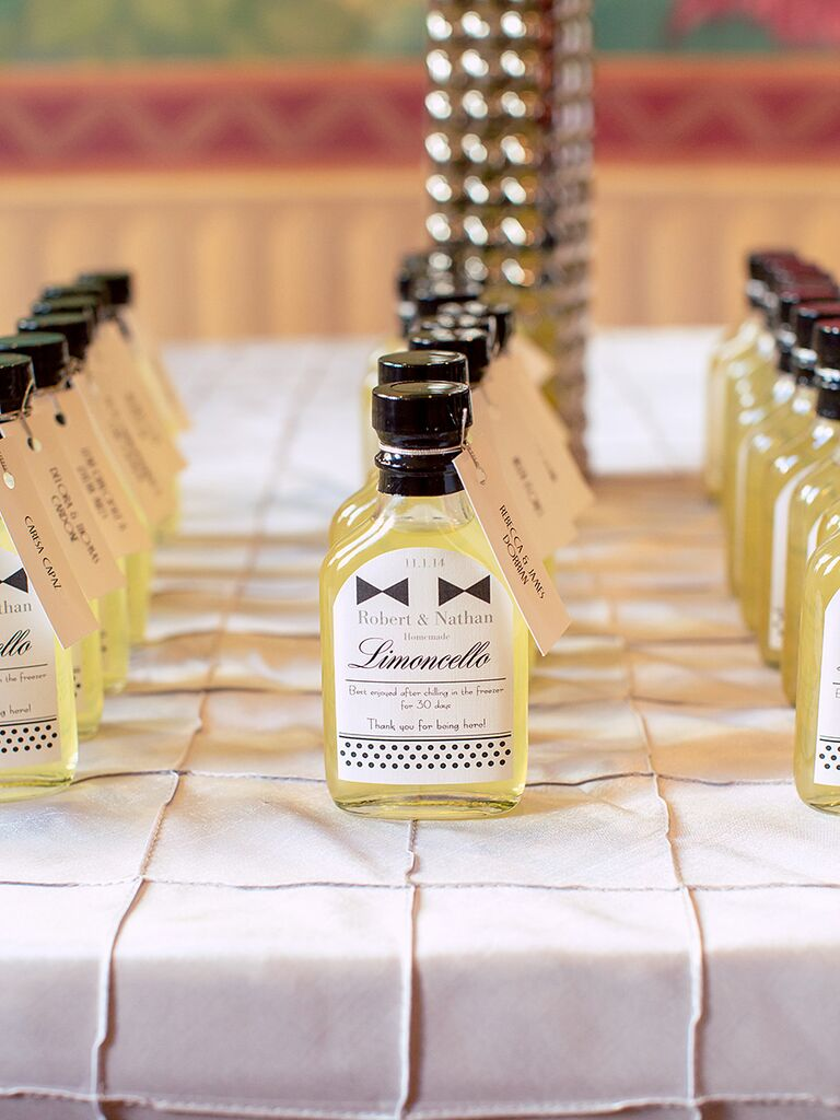 20 diy wedding favors for any budget limoncello favors solutioingenieria Gallery