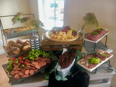 Lora's Le Garmache Catering