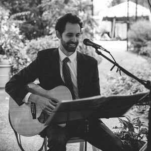 Pittsburgh, PA Singer Guitarist | The Acoustic Crooner