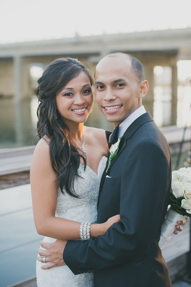 71683f08980 A Traditional Filipino Wedding at Bridgeview Yacht Club in Island ...