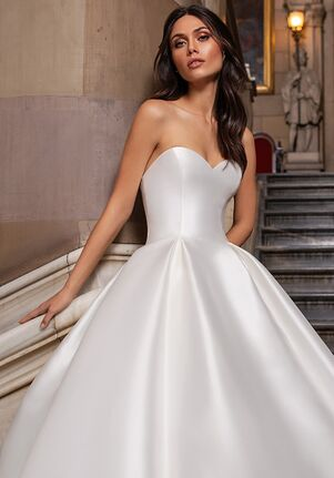 PRONOVIAS CLOSE Ball Gown Wedding Dress