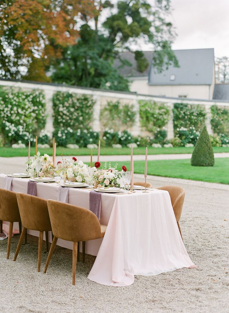 outdoor wedding beautiful brunch mixed seating