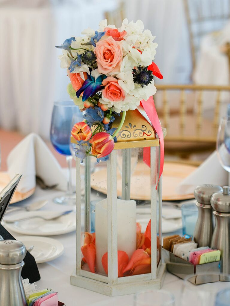 15 Lantern Wedding Centerpiece Ideas For Your Reception