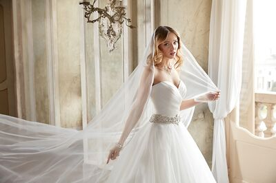 Jefre Bridals and Formal Wear