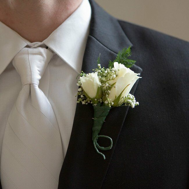 Wedding Flowers Lancaster Pa: The Boutonnieres