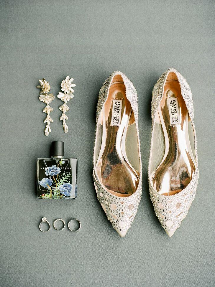 Romantic Bridal Ballet Flats and Drop Earrings