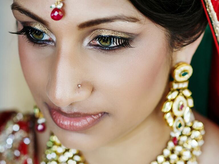 Personalized Wedding Makeup Looks & Trends