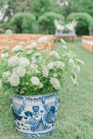 Simple Baby's Breath Arrangement in Chinoiserie Vase