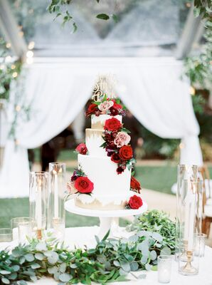 Romantic Tiered Wedding Cake with Gold Details and Roses