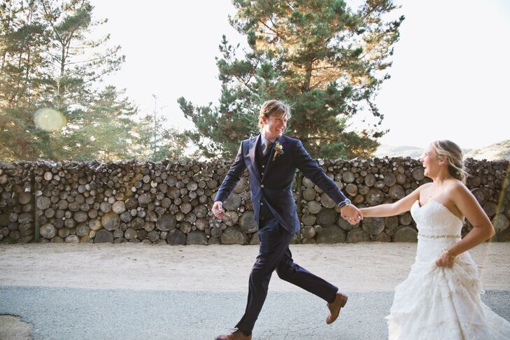 """Mallory Oliphant (30 and an event planner) and Richard """"Richie"""" White (31 and a big-game fishing specialist and fishing-boat captain) met while travel"""