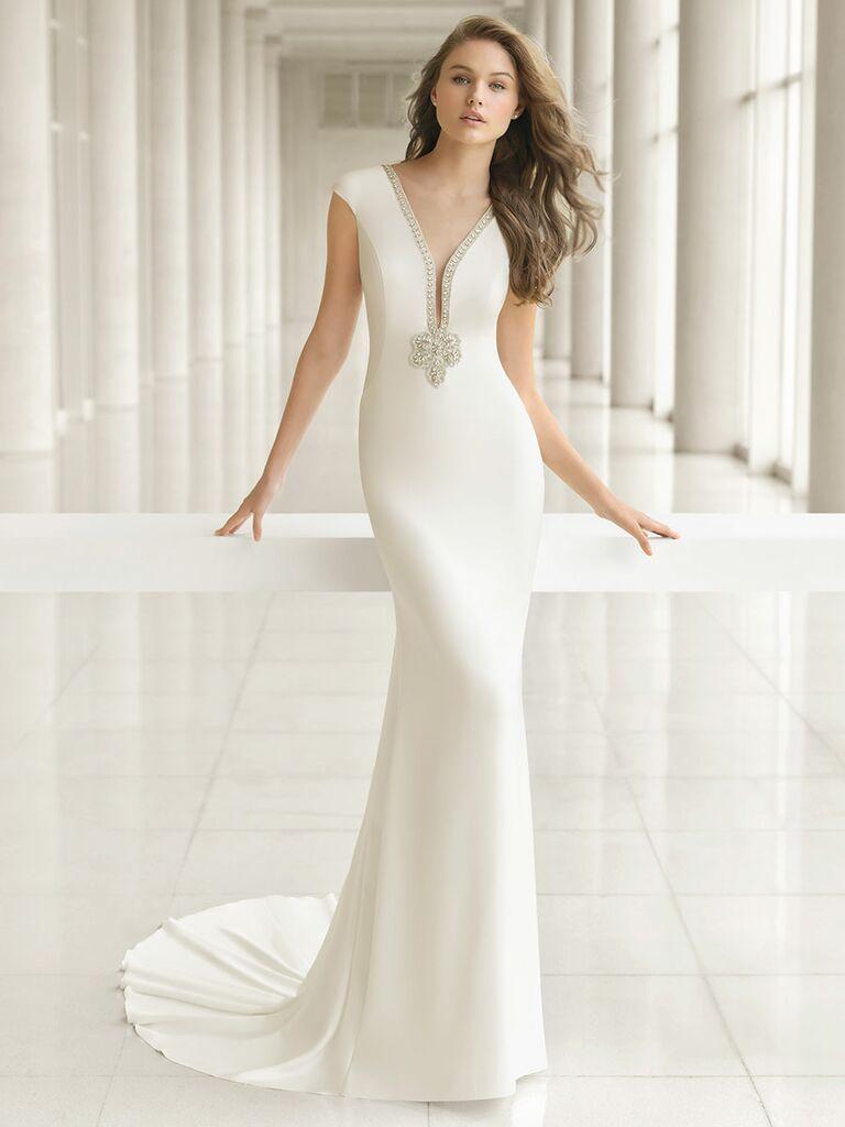 Rosa Clará Fall 2018 wedding dresses sleek column dress with embellishments