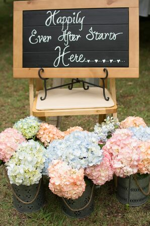 Colorful Hydrangeas and Welcome Chalkboard Outdoor Decor