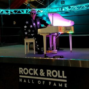 Akron, OH Elton John Impersonator | The Elton John Experience by Tommy Lee Thompson