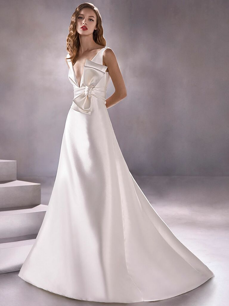 Atelier Provonias wedding dress gown with bow on waist