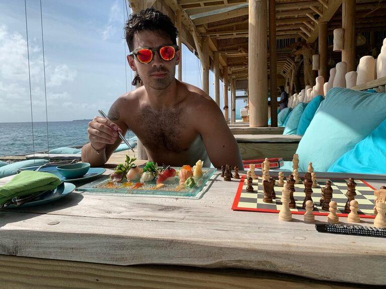 joe jonas eating on his honeymoon