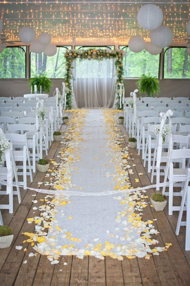 Romantic Yellow and White Ceremony Decor
