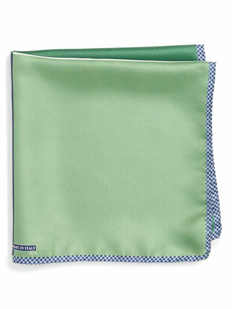 Multi-color reversible pocket square