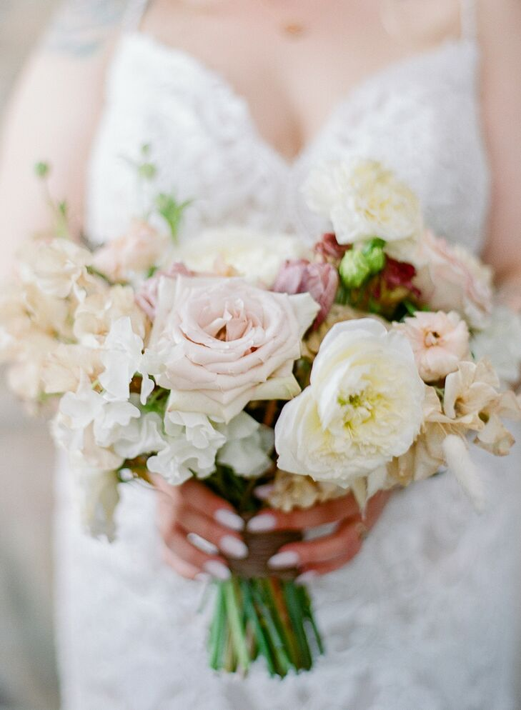 Rustic Bouquet for Wedding at Vista Valley Country Club in California
