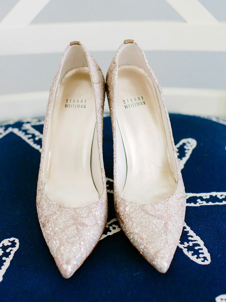 Sparkly wedding shoe pumps in white and silver