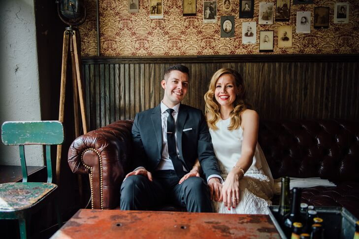 Jennifer Fourmont (28 and a textile designer) and Michael Brannen's (30 and a restaurant manager) wedding was all about casual elegance. After surpris