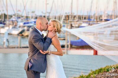 The Pros Weddings