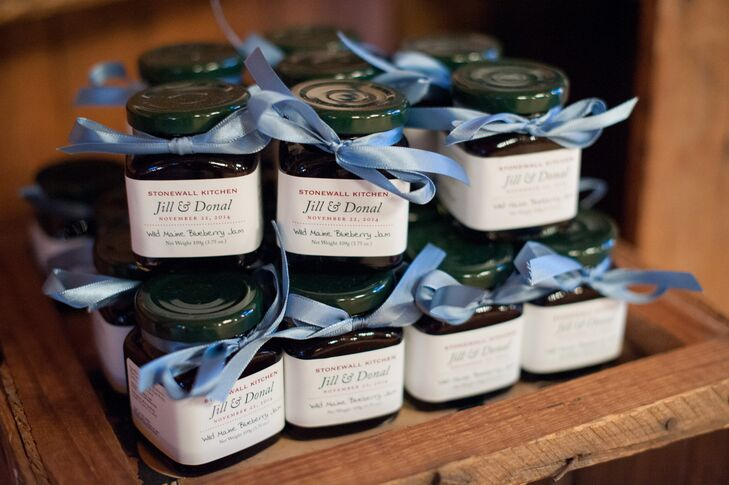 Hosting their wedding in Maine, Jill and Donal could think of no favor more appropriate for their families and friends than jars of Stonewall Kitchen's wild Maine blueberry jam. The pair personalized the labels with their names and wedding dates and added lengths of blue ribbon to each jar for a flourish.