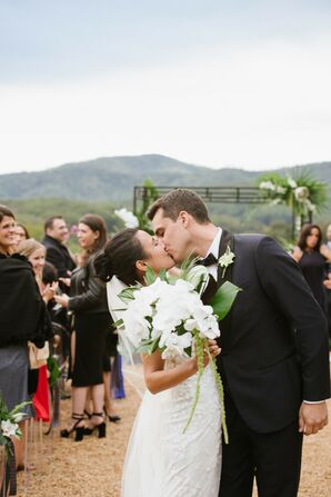 Couple Shares First Kiss During Wedding at Pippin Hill in Charlottesville, Virginia