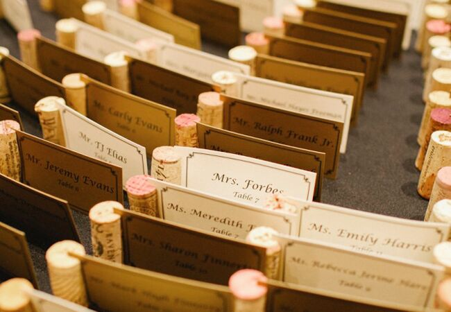 Wedding decor with wine corks: Amanda Watson Photography / TheKnot.com