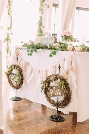 Rustic Vine Wreath Sweetheart Table Signs