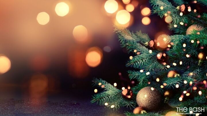 Christmas Tree Zoom Background